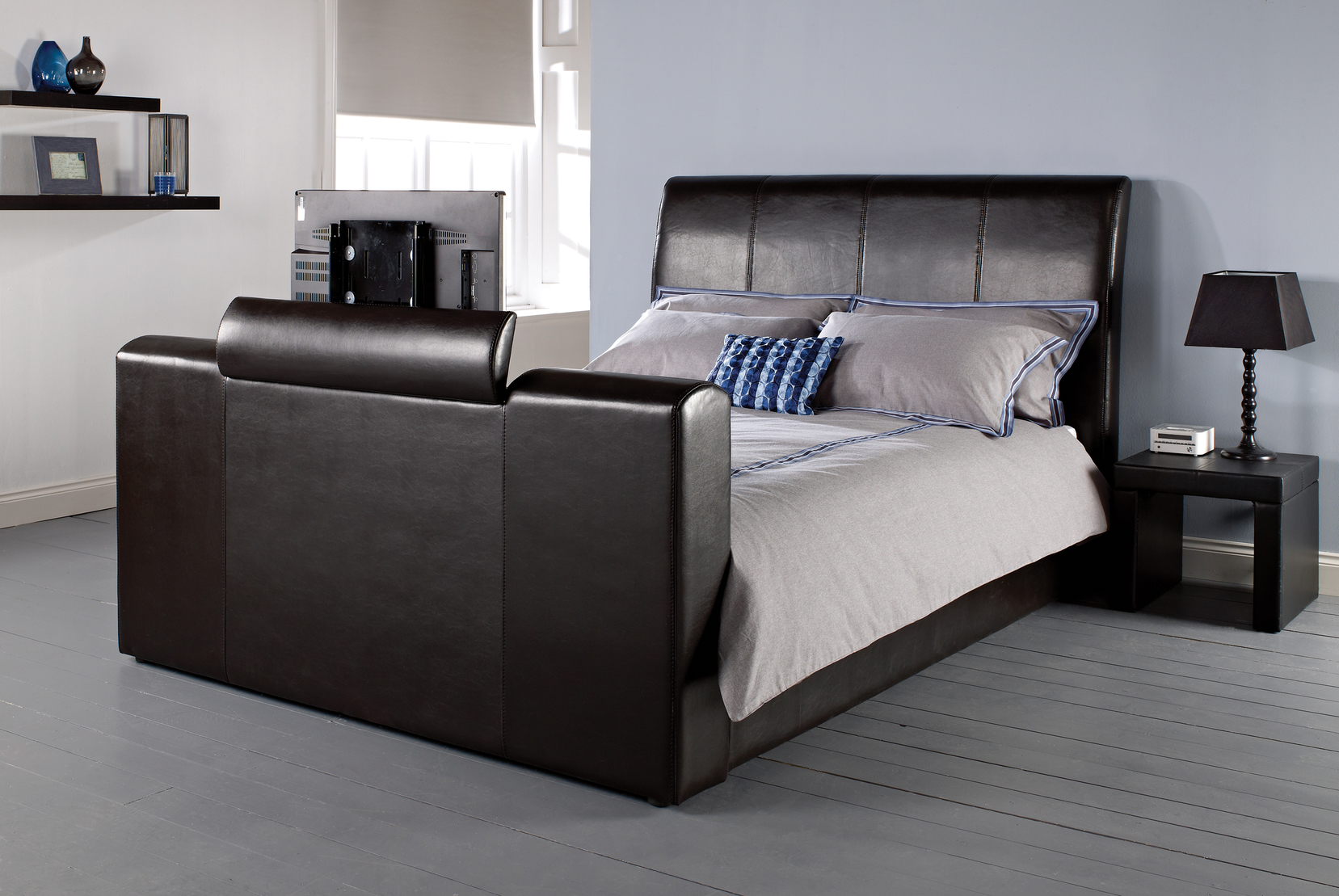MANHATTAN TV BED DOUBLE 4'6''.