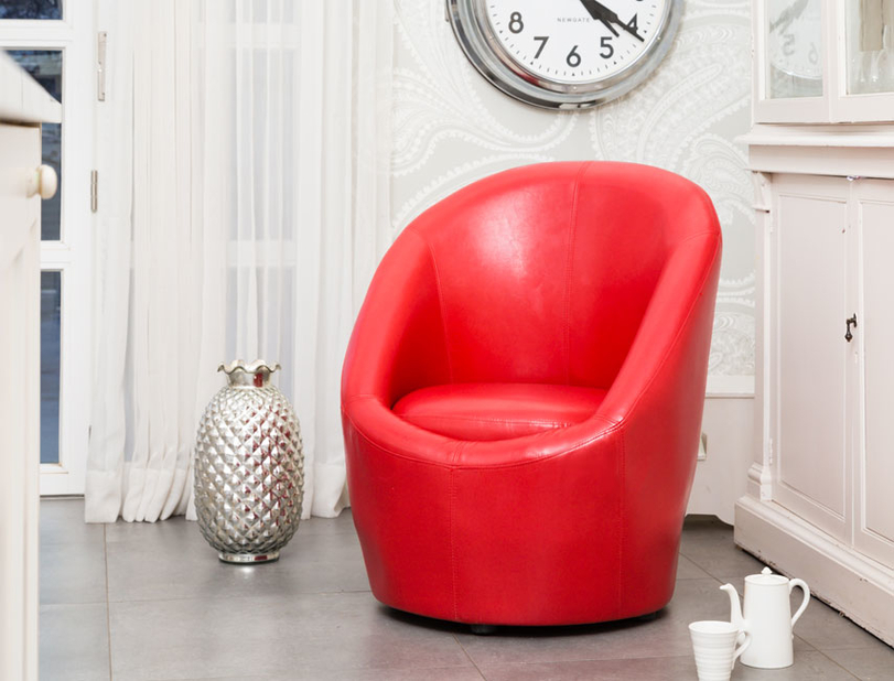 BONDED LEATHER TUB CHAIR.